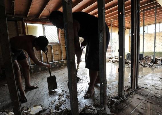 FOTO: Na de zondvloed de grote schoonmaak