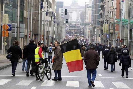Shame-betoging aandachtig gevolgd door buitenlandse pers