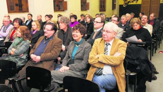 Er waren heel wat vragen op de infovergadering voor alle raadsleden van Kortrijk, Kuurne en Lendelede. Patrick Holderbeke