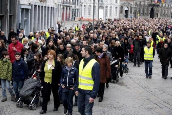 Stille mars in Bergen voor slachtoffers treinramp Buizingen