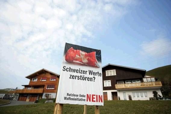 Zwitsers stemmen tegen strengere wapenwet
