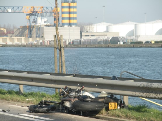 Motorrijder komt om het leven in Gentse haven