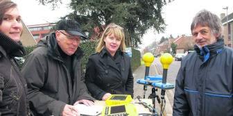 Controle van draadloos internet: ook in de Blekerijstraat in Assebroek is de ontvangst goed. mvn