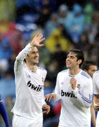 Real Madrid houdt druk op Barcelona hoog