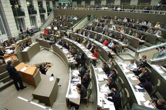 Leden Vlaams Parlement krijgen Franse les