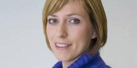 VRT-nieuwsanker Annelies Van Herck bevallen van zoontje