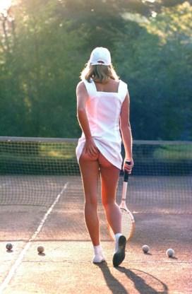 Wereldberoemd tennismeisje toont gezicht na 35 jaar