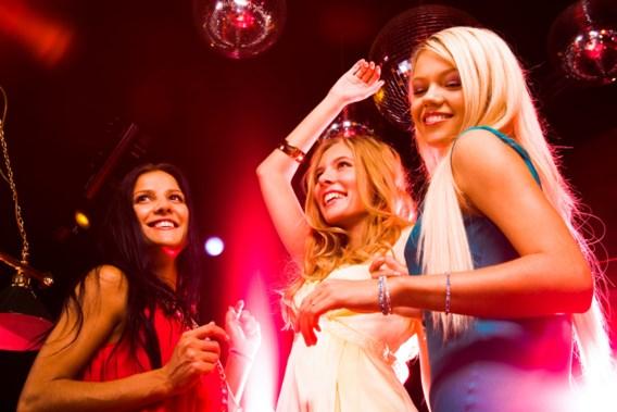 Kleren ruilen in de discotheek