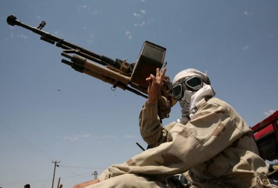 Frankrijk stopt wapenleveringen aan Libische oppositie