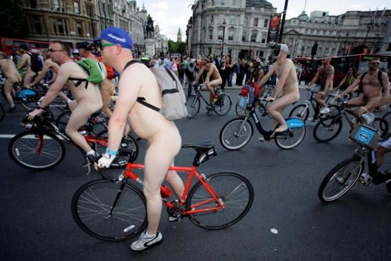 FOTOSPECIAL. World Naked Bike Ride