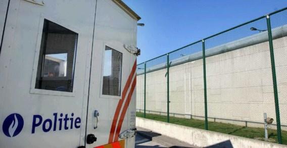 Gevaarlijke gedetineerde ontsnapt uit ziekenhuis