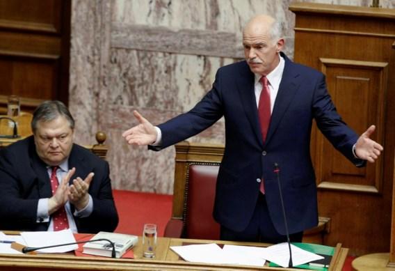Papandreou krijgt vertrouwen van parlement