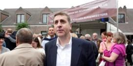 Maingain schaart zich achter klacht CDH-burgemeester