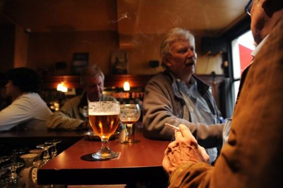Meer dan 2.000 cafés dicht sinds rookverbod