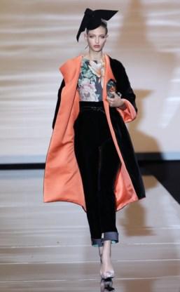 FOTOSPECIAL. Armani draagt collectie op aan Japan