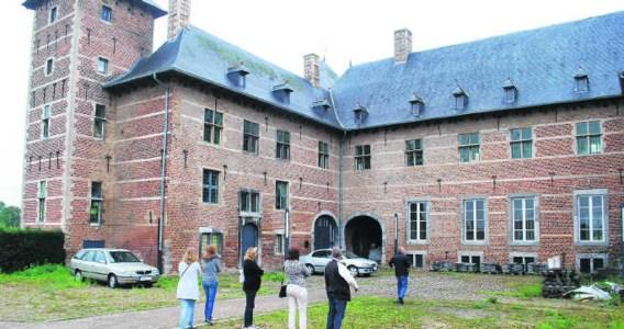 'Er is al gewerkt aan het kasteel, maar dat is niet echt zichtbaar voor de bezoeker', zegt de eigenaar.vrs