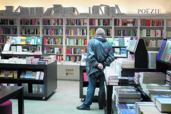 Passa Porta in Brussel: 'Zelfs al mocht het e-boek ooit nog spectaculair doorbreken, een boekhandel kan een aantrekkelijke plek blijven om in rond te snuisteren.' Michiel Hendryckx