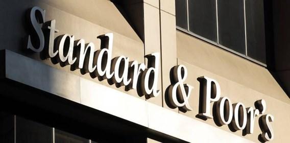 S&P verlaagt voor het eerst in de geschiedenis kredietrating VS