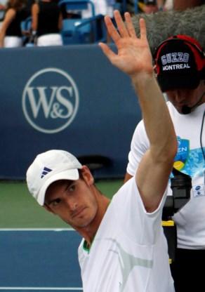 Andy Murray wint in Cincinnati door blessure Djokovic
