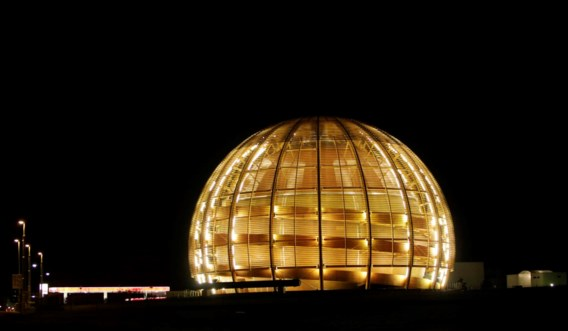 Baanbrekend. CERN laat deeltjes sneller dan het licht reizen