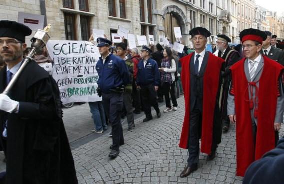 Actie tijdens opening KULeuven-academiejaar tegen ontslag Barbara Van Dyck