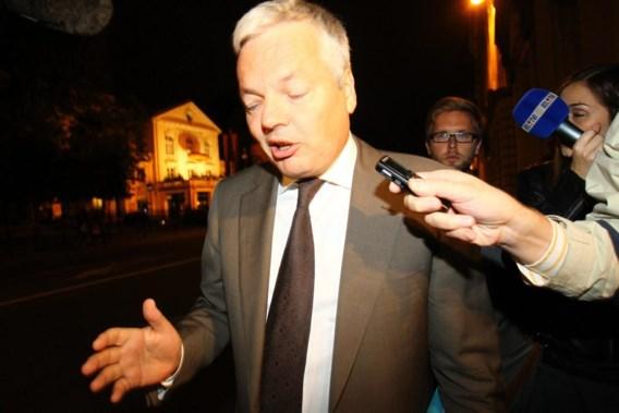 Reynders wacht op gemeenschappelijk standpunt rond vereffening Gemeentelijk Holding