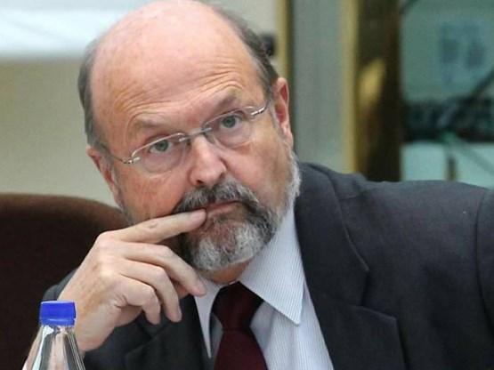 Coene wil fiscale bevoordeling spaarboekje vervangen door langetermijnproducten
