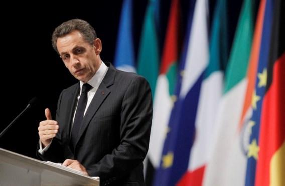 Zieke zoon Sarkozy vliegt op kosten van belastingbetaler naar huis