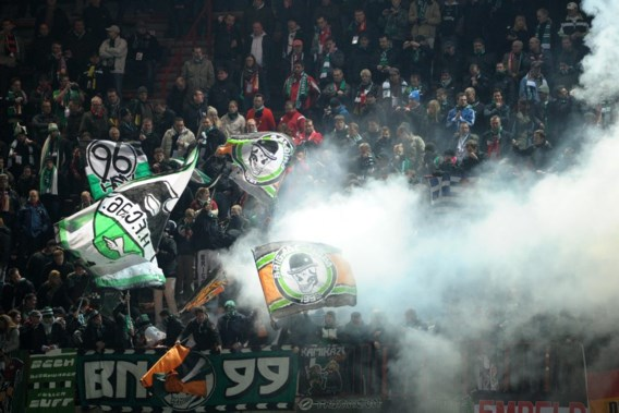 Hannover 96 moet 45.000 euro boete betalen voor supportersrellen in Luik