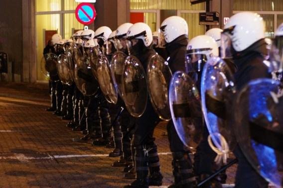 Al 50 klachten wegens politiegeweld na onlusten in Matongewijk