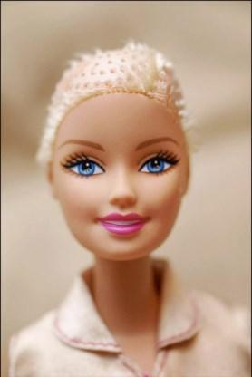 Kunnen kindjes met kanker binnenkort met kale Barbie spelen?