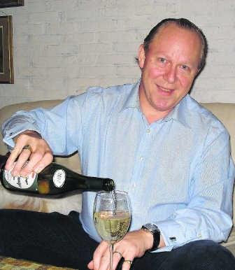 Geurt van Rennes is van jongsaf gepassioneerd door wijn.rs