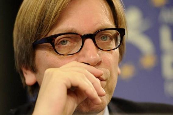 Verhofstadt haalt zwaar uit naar Sarkozy