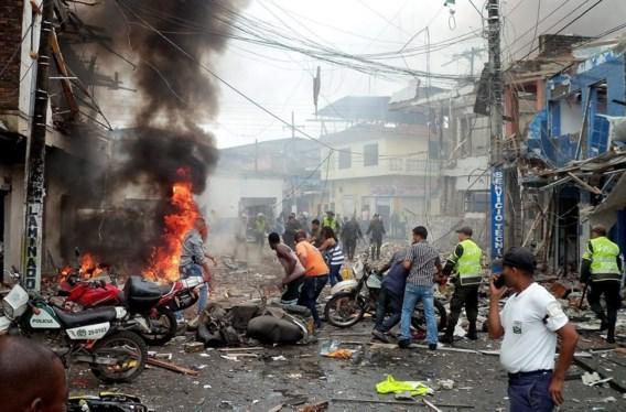 Zes doden bij bomaanslag op Colombiaans politiebureau