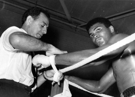 Angelo Dundee, ex-trainer van Mohamed Ali, overlijdt op 90-jarige leeftijd