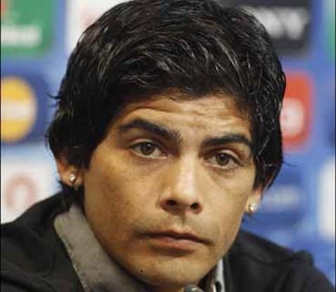 Valencia-speler vergeet handrem en is zes maanden buiten strijd