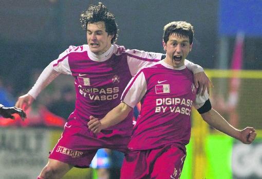 De 20-jarige Brecht Dejaegere (r.) maakte de winning goal in de 92ste minuut. Kurt Desplenter/belga