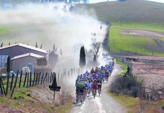 Op de Toscaanse grindwegen liet Fabian Cancellara opnieuw zijn klasse zien, en volgt zo Philippe Gilbert op op de erelijst. photo news