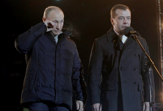 Poetin na verkiezingszege: 'Tranen kwamen door wind'