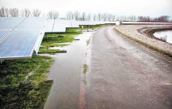 De VMW en Ikaros bouwden in Kluizen een van de grootste zonne-energieparken van ons land.Frederik Buyckx