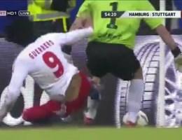 VIDEO. Zwaarste tackle ooit van Guerrero?
