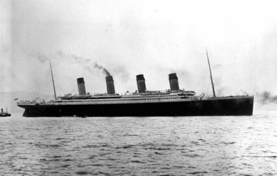 Zonk Titanic door de maan?