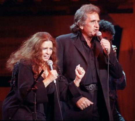 Zanger Johnny Cash stierf op 12 september 2003, dat was amper vier maanden na de dood van zijn vrouw June Carter (15 mei 2003)