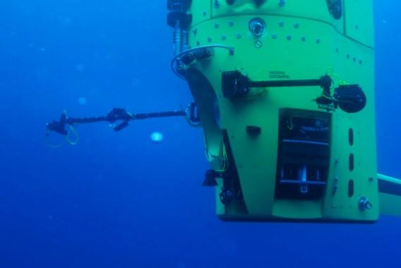 James Cameron duikt naar diepste punt van Grote Oceaan