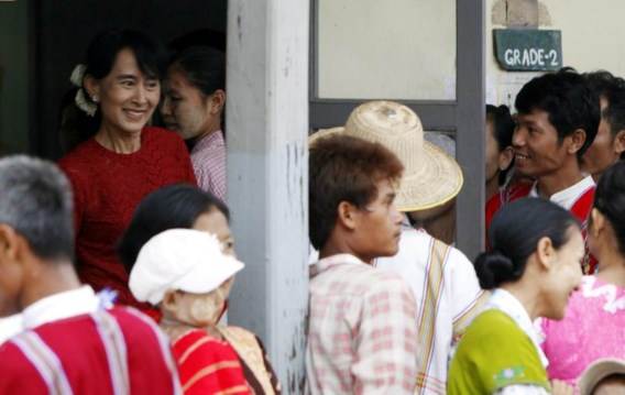 'Aung San Suu Kyi bemachtigt parlementszetel'
