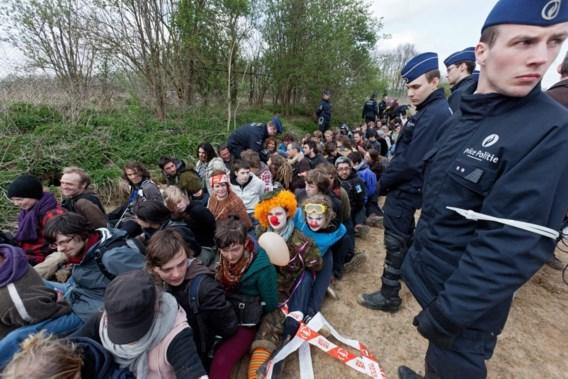 483 activisten opgepakt bij vredesactie aan Navo-hoofdkwartier