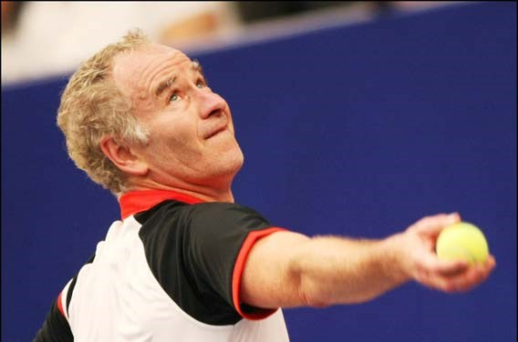 'Kapotte tennisraket John McEnroe is 18.000 euro waard'