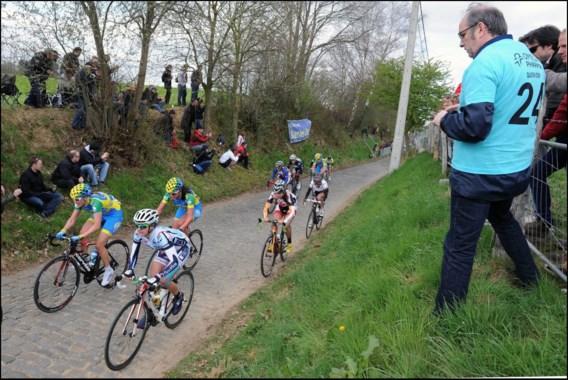 Duitse Judith Arndt juicht in Ronde van Vlaanderen voor vrouwen