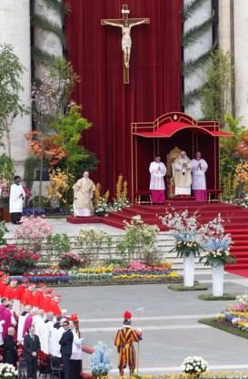 Paus veroordeelt