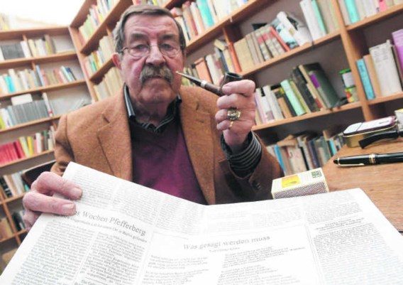 Günter Grass met hartklachten in ziekenhuis